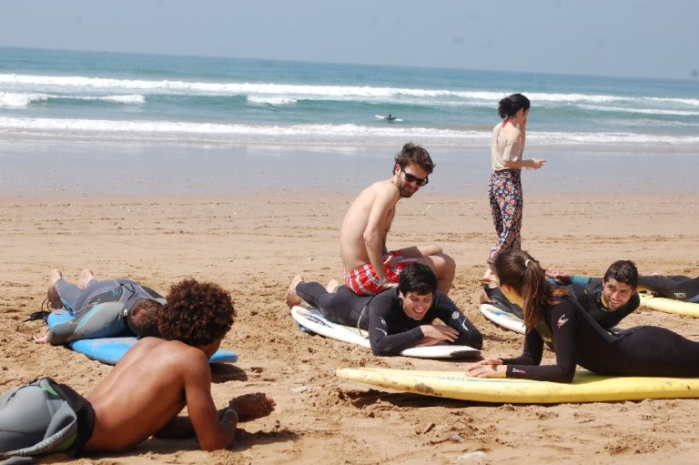 5 Reasons to Learn Surf in Morocco